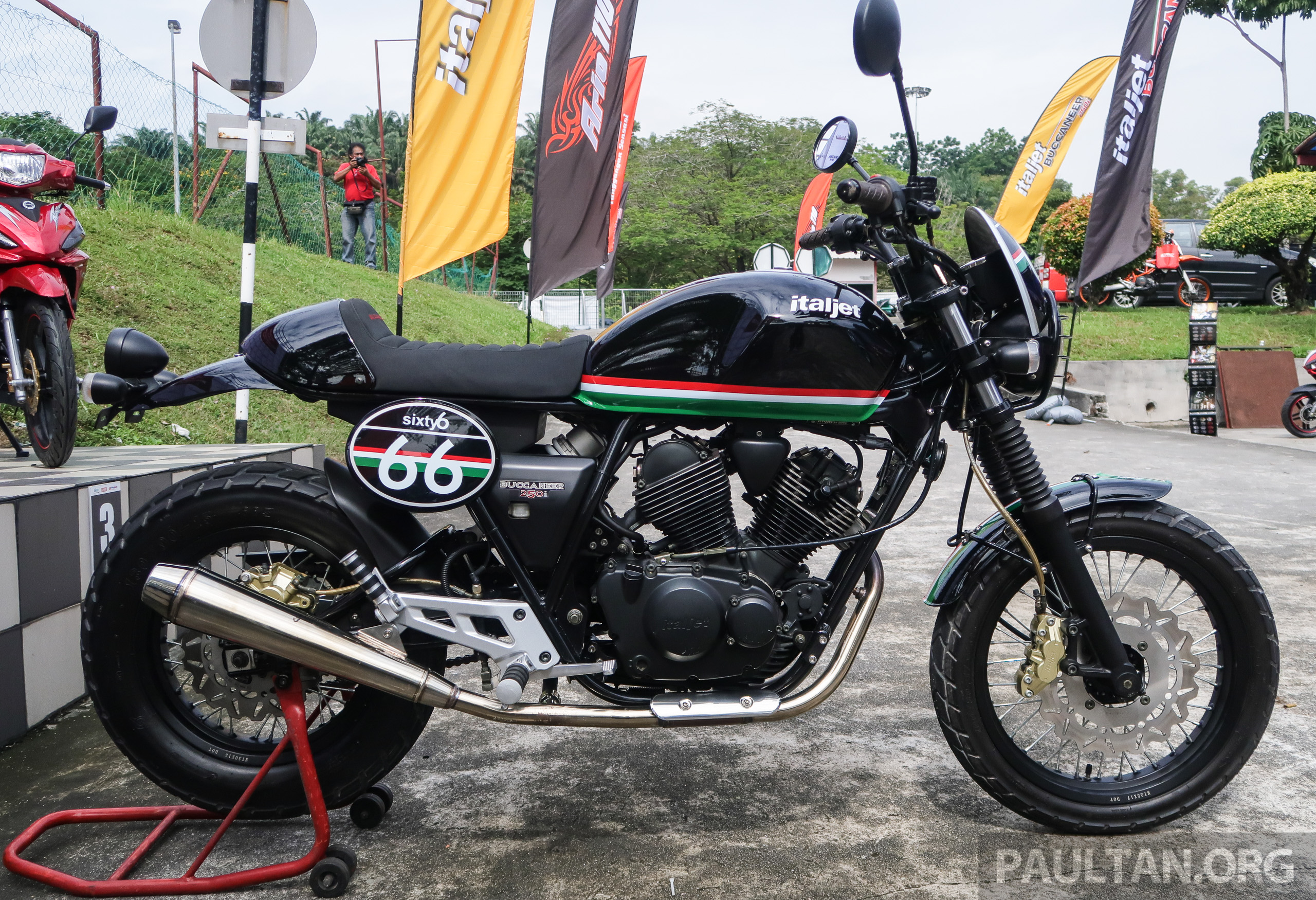 Benelli Cafe Racer Malaysia