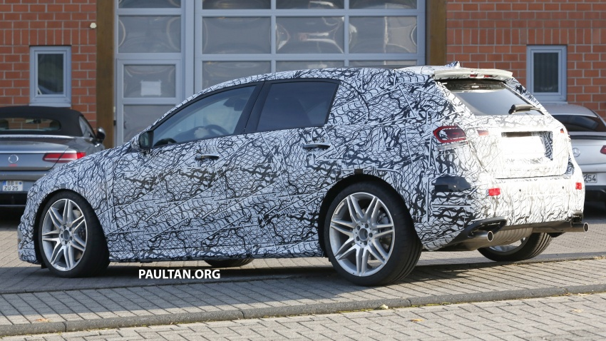 SPIED: 2018 Mercedes-AMG A45 looks ready to rumble Image #714049
