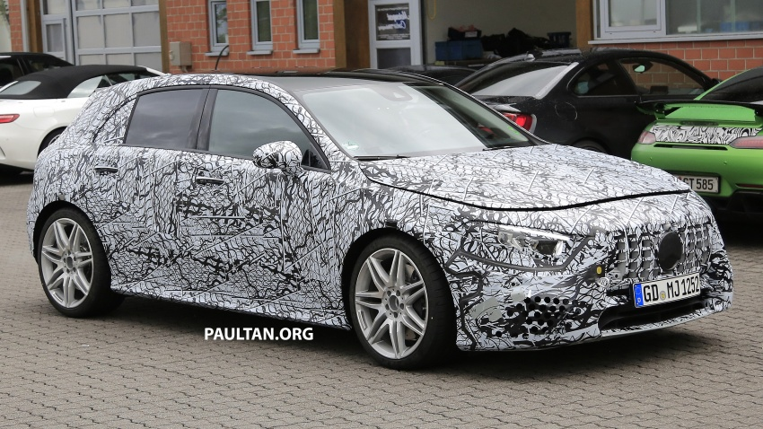 SPIED: 2018 Mercedes-AMG A45 looks ready to rumble Image #714058