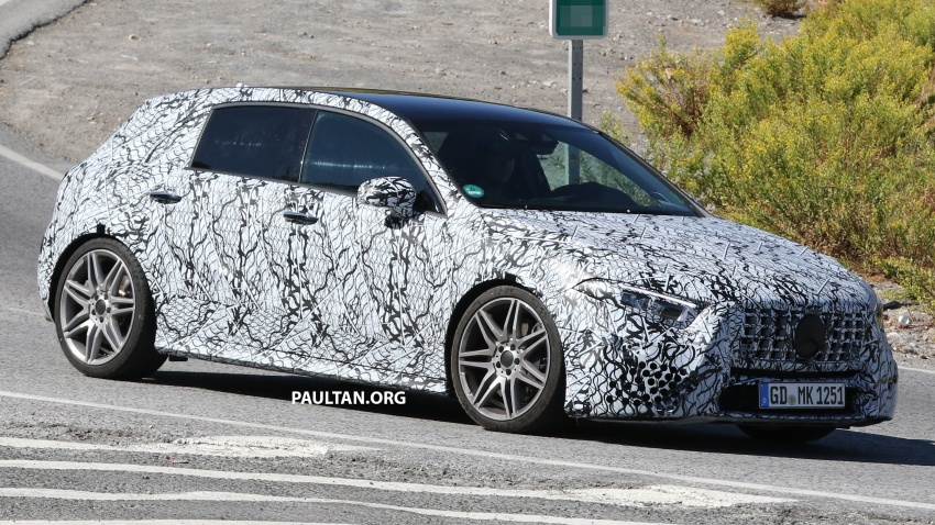 SPIED: 2018 Mercedes-AMG A45 looks ready to rumble Image #713724
