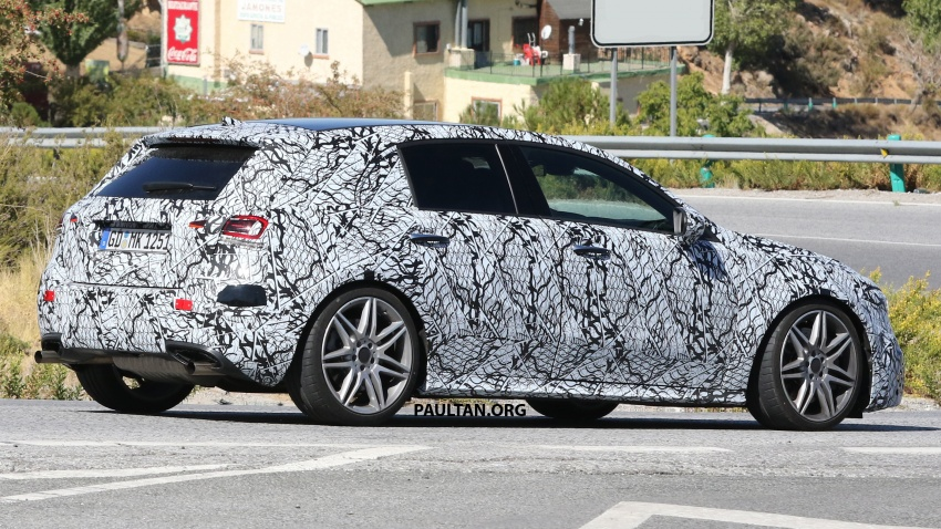 SPIED: 2018 Mercedes-AMG A45 looks ready to rumble Image #713728