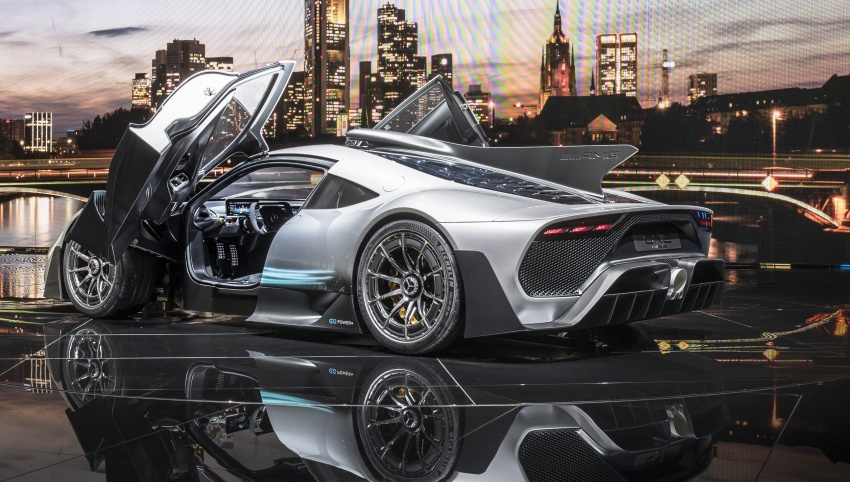 Mercedes-AMG Project One hypercar finally unveiled – sub-6 seconds 0-200 km/h, top speed over 350 km/h Image #708811