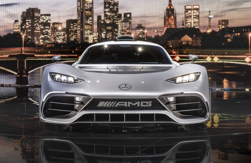 Mercedes-AMG Project One hypercar finally unveiled – sub-6 seconds 0-200 km/h, top speed over 350 km/h Image #708819