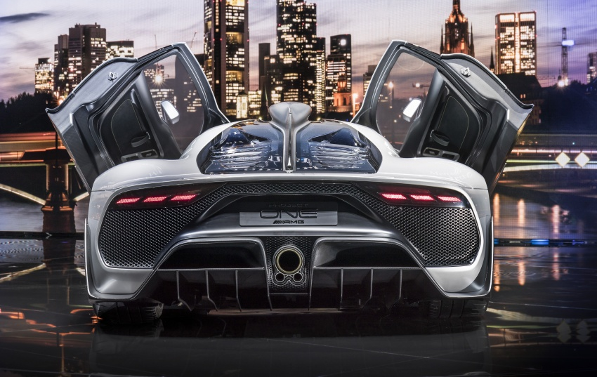 Mercedes-AMG Project One hypercar finally unveiled – sub-6 seconds 0-200 km/h, top speed over 350 km/h Image #708827