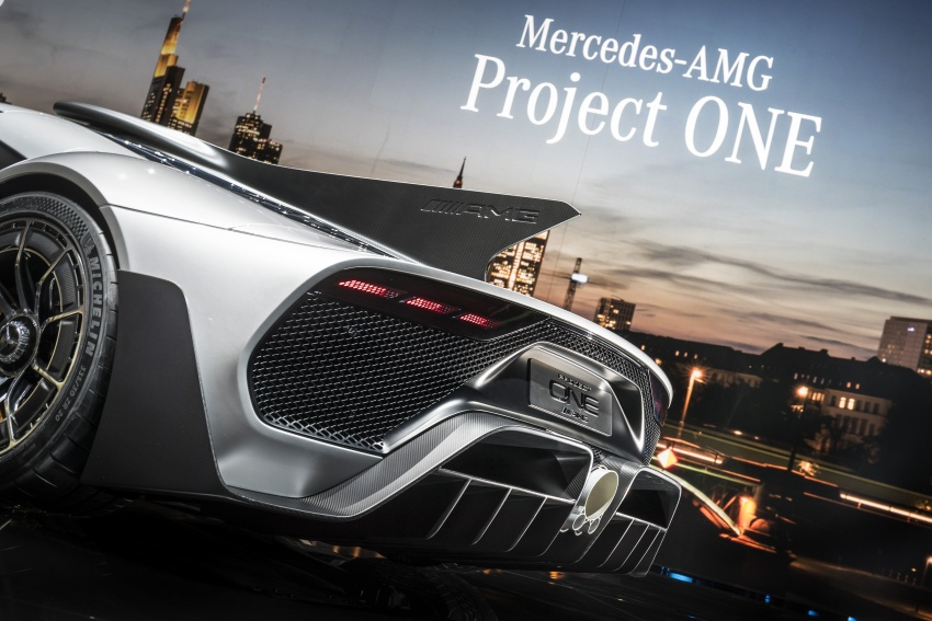Mercedes-AMG Project One hypercar finally unveiled – sub-6 seconds 0-200 km/h, top speed over 350 km/h Image #708832