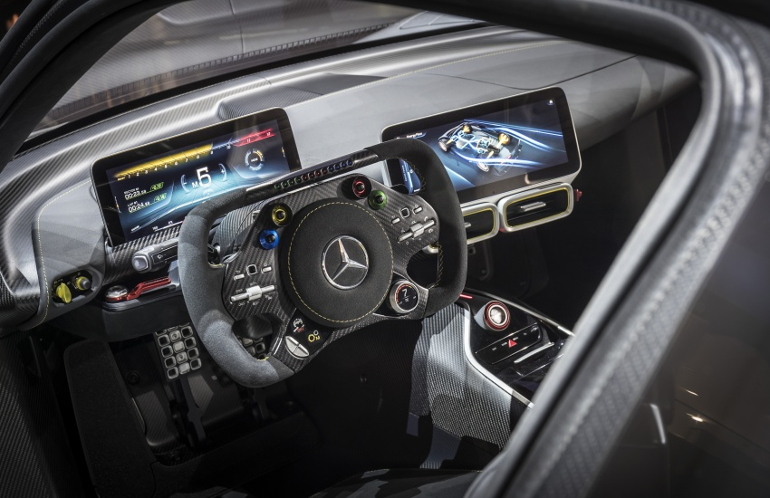 Mercedes-AMG Project One hypercar finally unveiled – sub-6 seconds 0-200 km/h, top speed over 350 km/h Image #708837