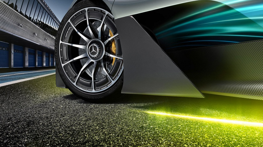 Mercedes-AMG Project One hypercar finally unveiled – sub-6 seconds 0-200 km/h, top speed over 350 km/h Image #711377