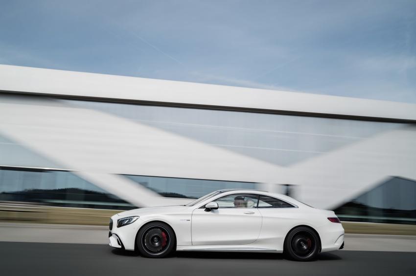 Mercedes-Benz S-Class Coupe C217 dan S-Class Cabriolet A217 facelift didedah, termasuk versi AMG Image #705632