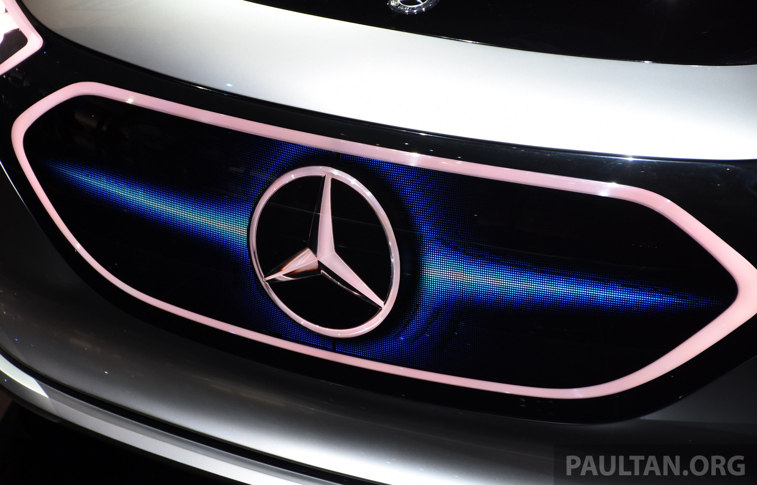 Geely to buy stake in mercedes benz parent daimler for Buying a mercedes benz