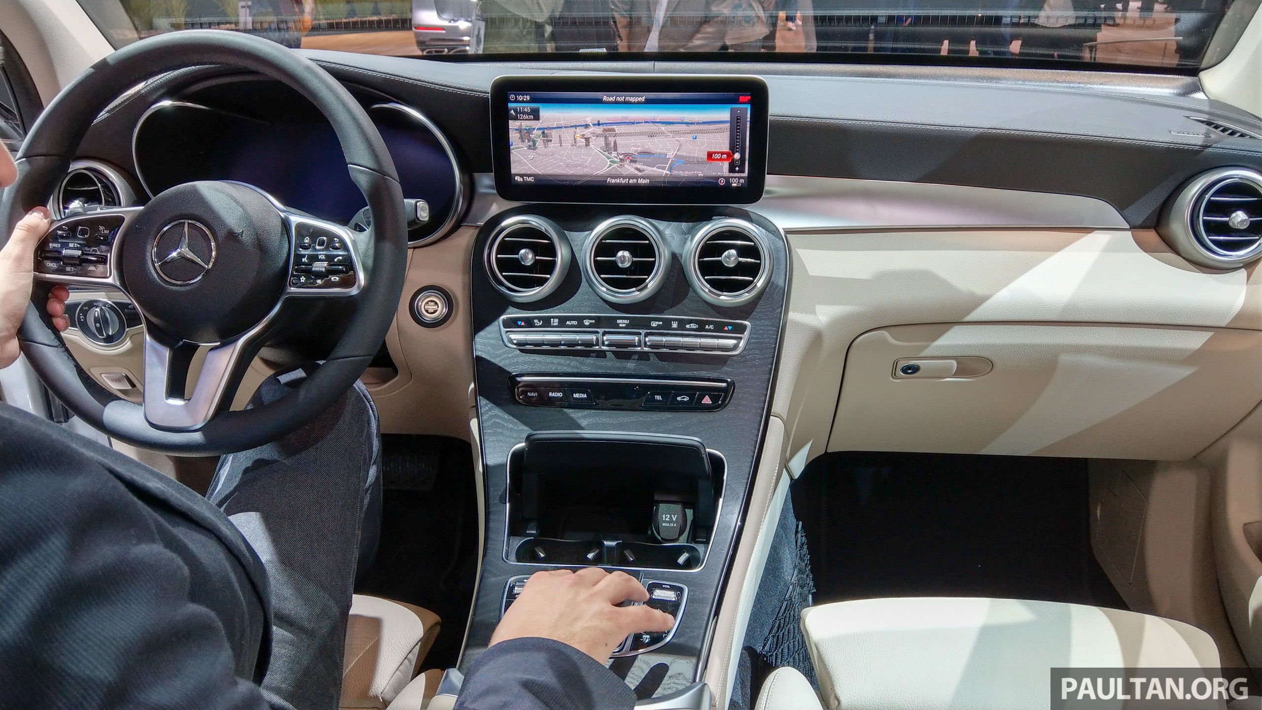 Mercedes Benz C Interior Tan
