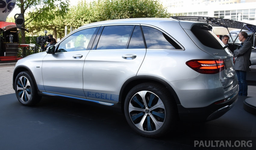 Mercedes-Benz GLC F-Cell revealed in pre-production form at Frankfurt show – two electric energy sources Image #710439