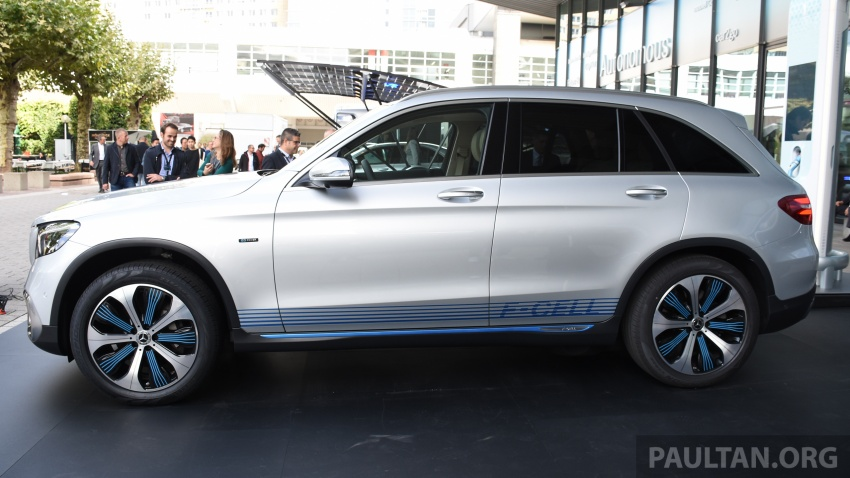 Mercedes-Benz GLC F-Cell revealed in pre-production form at Frankfurt show – two electric energy sources Image #710440