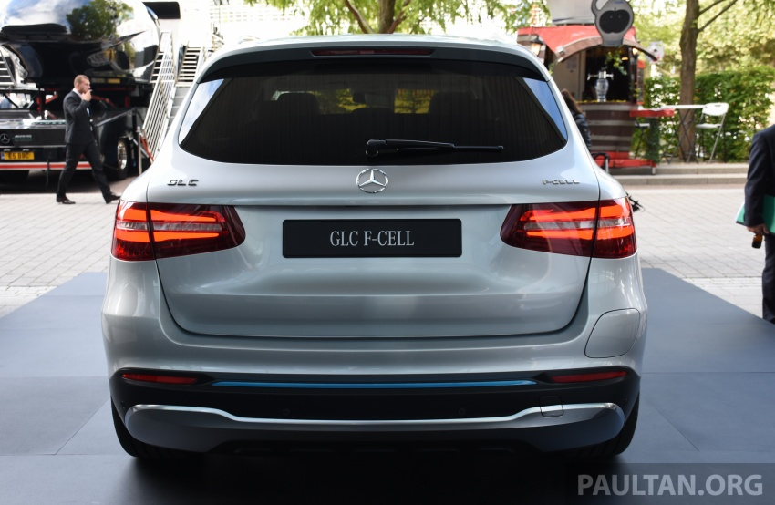 Mercedes-Benz GLC F-Cell revealed in pre-production form at Frankfurt show – two electric energy sources Image #710443