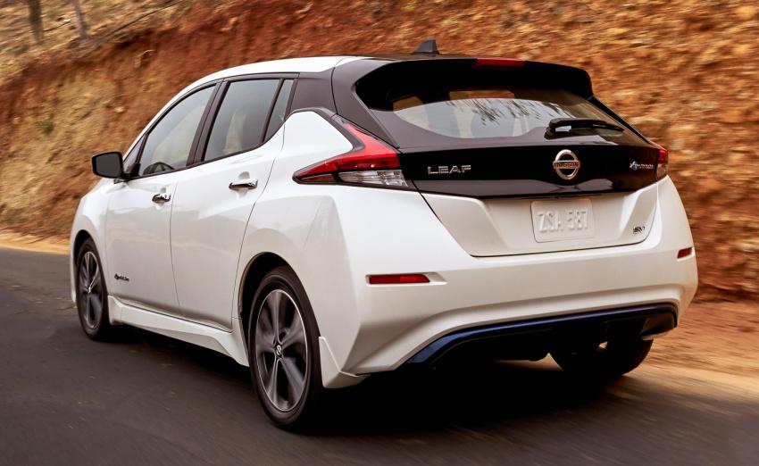 Nissan Leaf 2018 punya lebih teknologi dan bergaya Image #706404