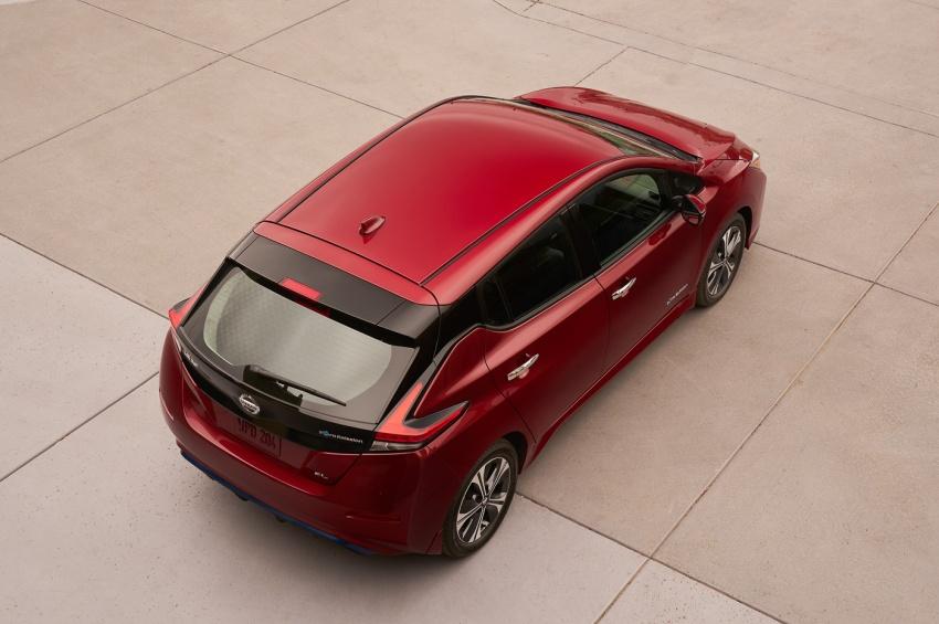 Nissan Leaf 2018 punya lebih teknologi dan bergaya Image #706408