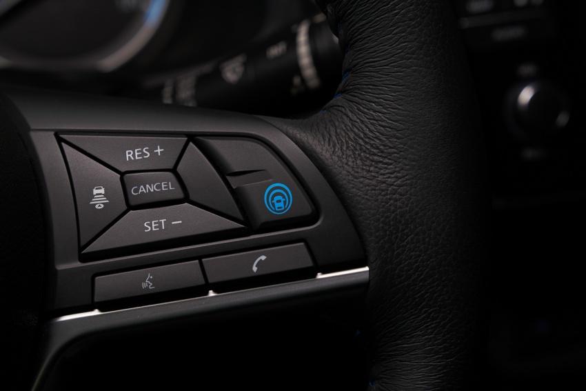 Nissan Leaf 2018 punya lebih teknologi dan bergaya Image #706413