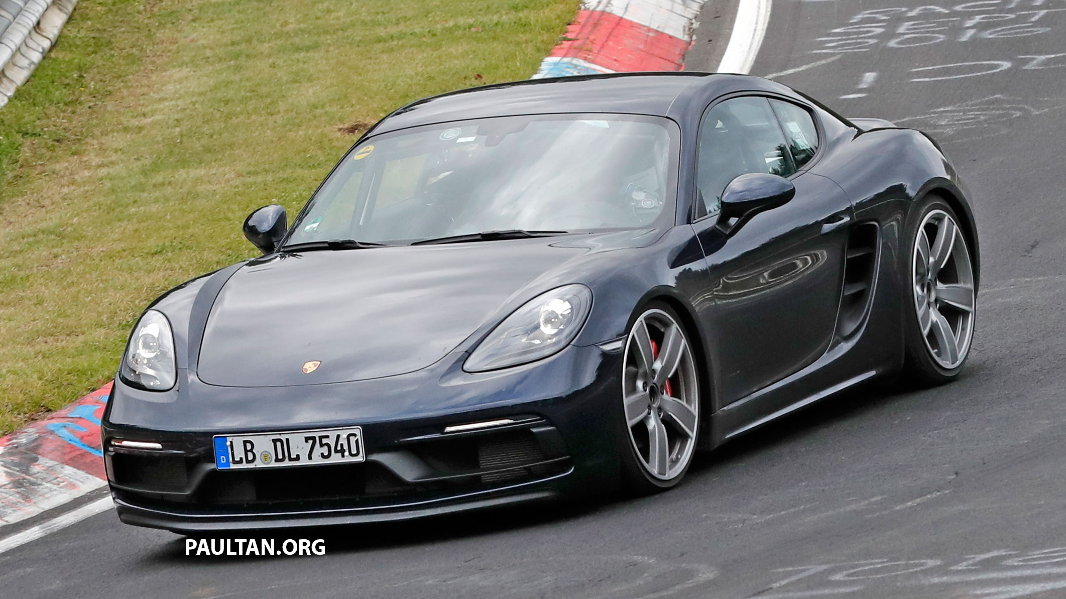 spyshots porsche 718 cayman gts boxster gts. Black Bedroom Furniture Sets. Home Design Ideas