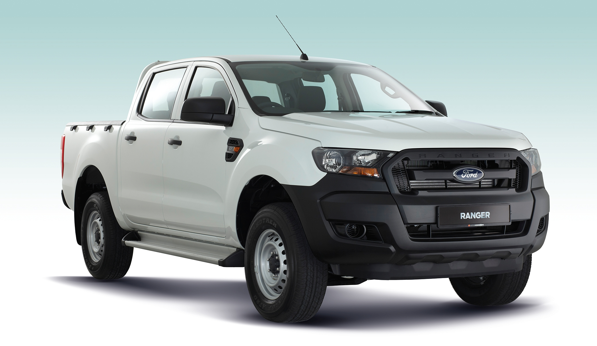 ford ranger xl standard debuts in malaysia rm84k. Black Bedroom Furniture Sets. Home Design Ideas