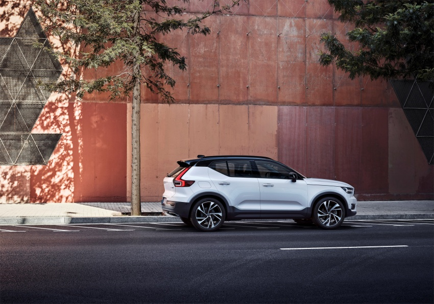 Volvo XC40 officially revealed – CMA platform, Drive-E engines, first model offered in 'Care by Volvo' service Image #714185