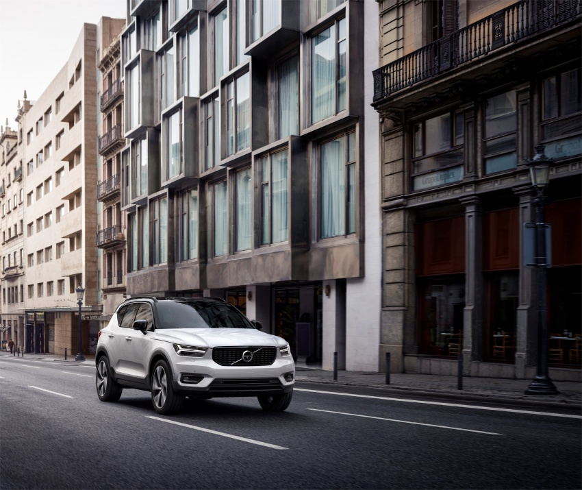 Volvo XC40 officially revealed – CMA platform, Drive-E engines, first model offered in 'Care by Volvo' service Image #714188