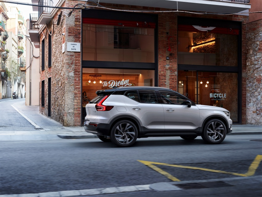 Volvo XC40 officially revealed – CMA platform, Drive-E engines, first model offered in 'Care by Volvo' service Image #714190