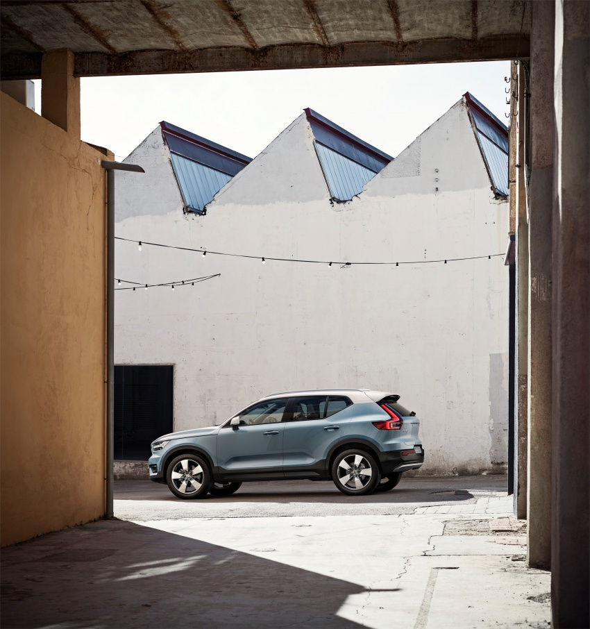 Volvo XC40 officially revealed – CMA platform, Drive-E engines, first model offered in 'Care by Volvo' service Image #714201