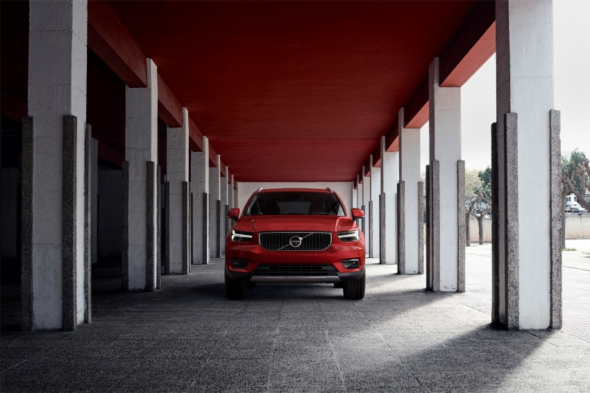 Volvo XC40 officially revealed – CMA platform, Drive-E engines, first model offered in 'Care by Volvo' service Image #714213