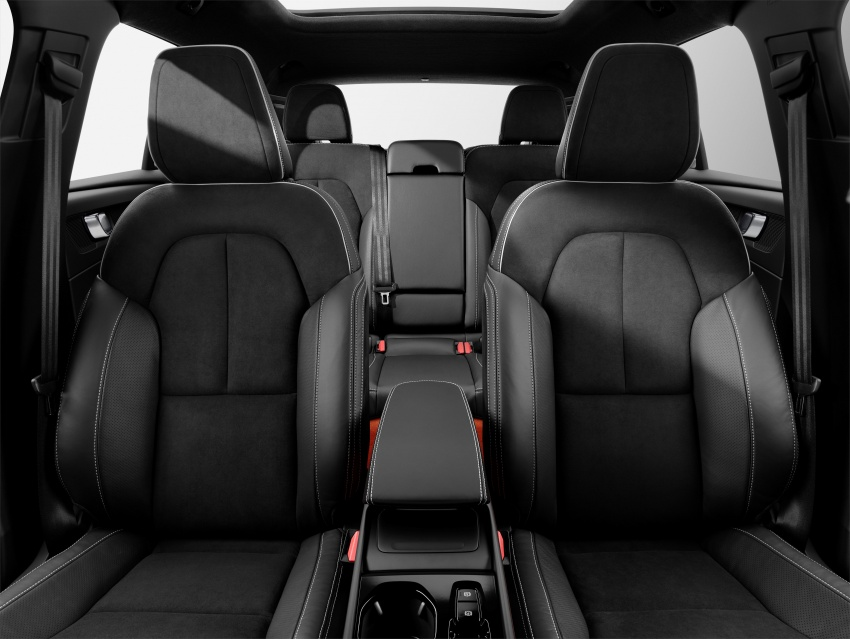Volvo XC40 officially revealed – CMA platform, Drive-E engines, first model offered in 'Care by Volvo' service Image #714224