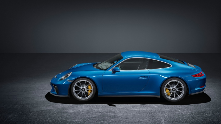 Porsche 911 GT3 Touring Package – poor man's 911 R Image #709640