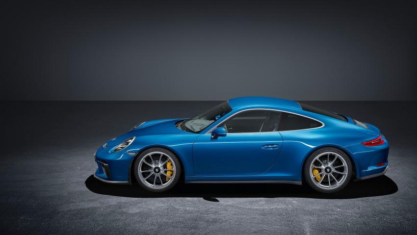 Porsche 911 GT3 Touring Package – poor man's 911 R Image #709640