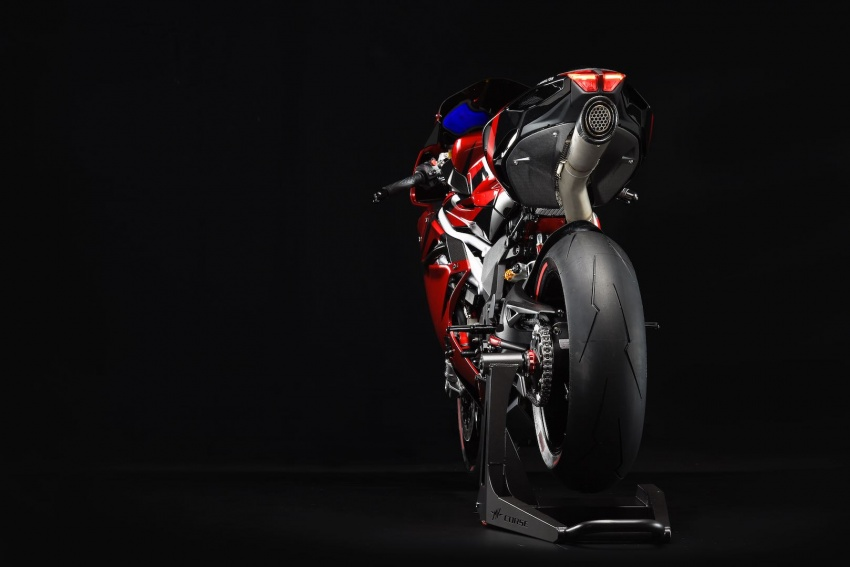 MV Agusta shows 2018 F4 LH44 and F4 RC superbikes Image #722459