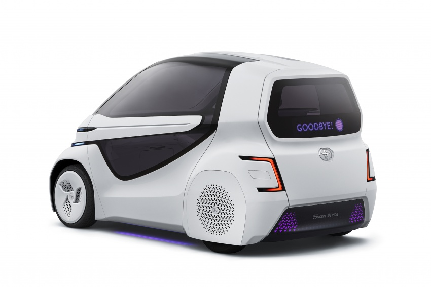 Toyota Concept-i Ride and Walk unveiled, Tokyo debut Image #726142