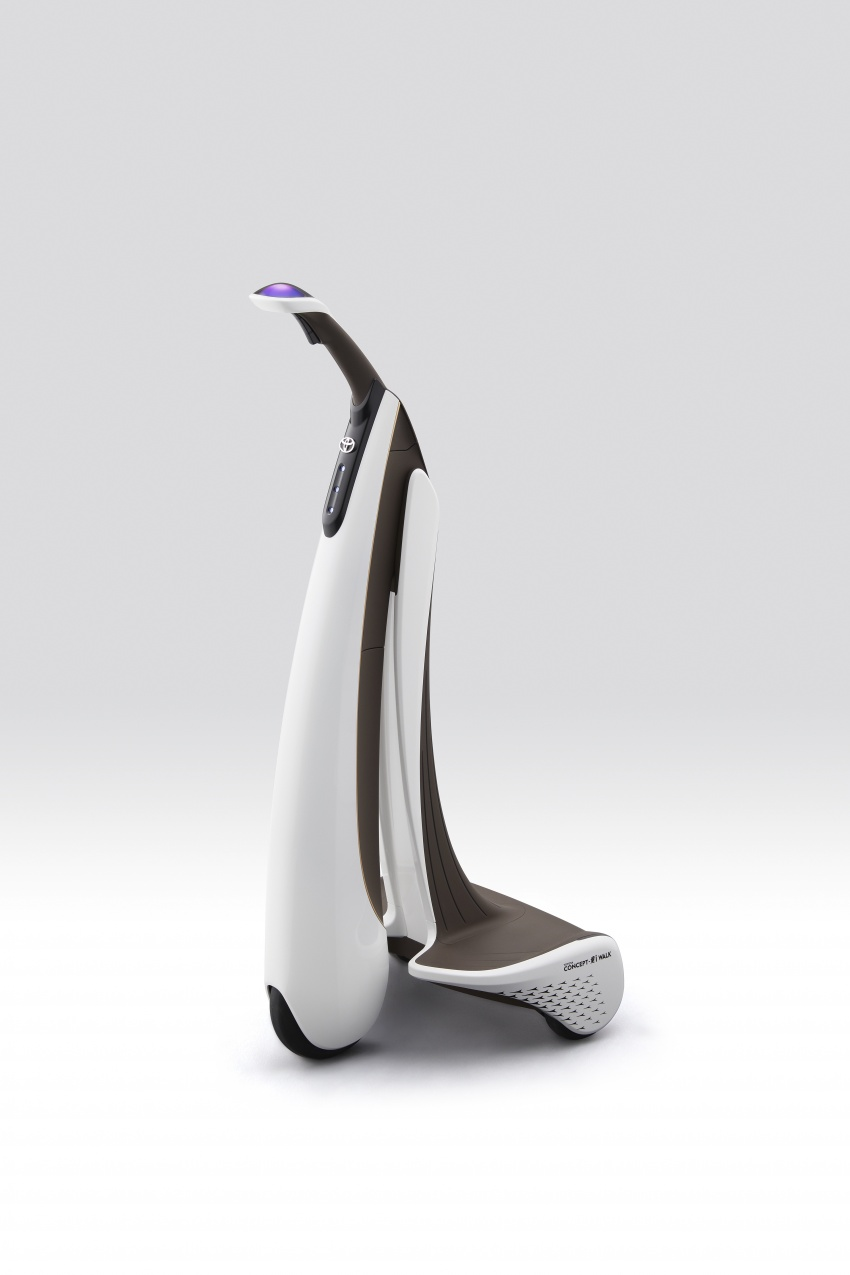 Toyota Concept-i Ride and Walk unveiled, Tokyo debut Image #726152