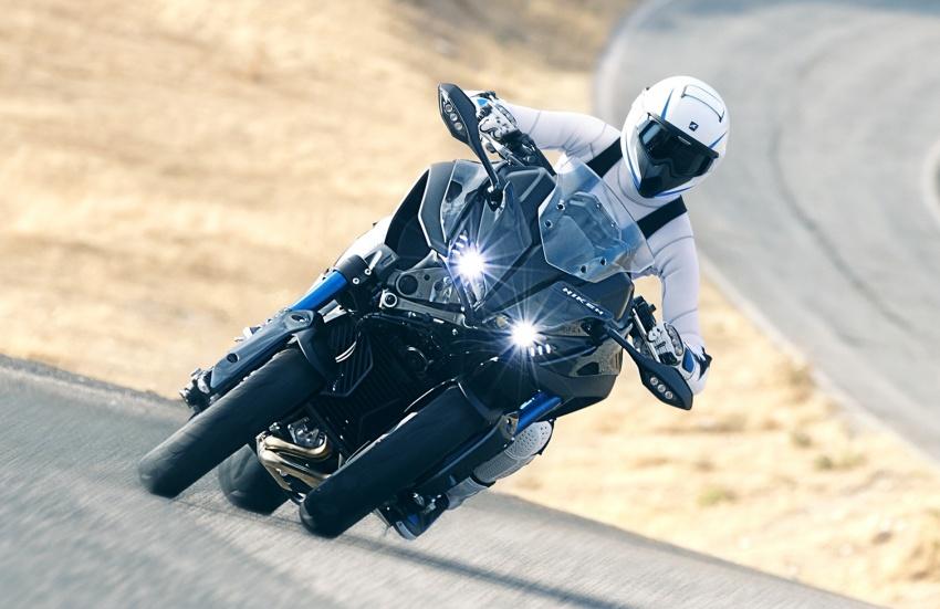 Yamaha Niken Leaning Multi-Wheeler (LMW) 2018 – guna tiga roda, tetapan fork berkembar di hadapan Image #728743