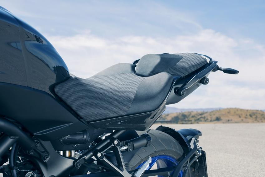 Yamaha Niken Leaning Multi-Wheeler (LMW) 2018 – guna tiga roda, tetapan fork berkembar di hadapan Image #728756