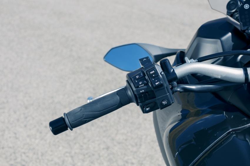 Yamaha Niken Leaning Multi-Wheeler (LMW) 2018 – guna tiga roda, tetapan fork berkembar di hadapan Image #728759