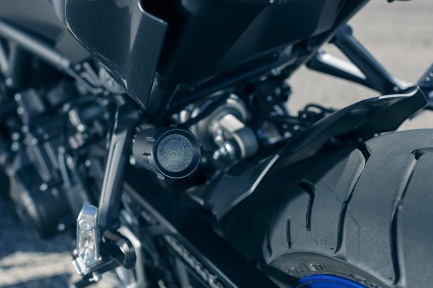 Yamaha Niken Leaning Multi-Wheeler (LMW) 2018 – guna tiga roda, tetapan fork berkembar di hadapan Image #728751