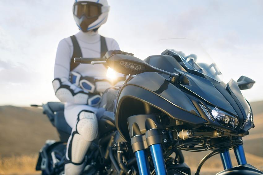 Yamaha Niken Leaning Multi-Wheeler (LMW) 2018 – guna tiga roda, tetapan fork berkembar di hadapan Image #728768
