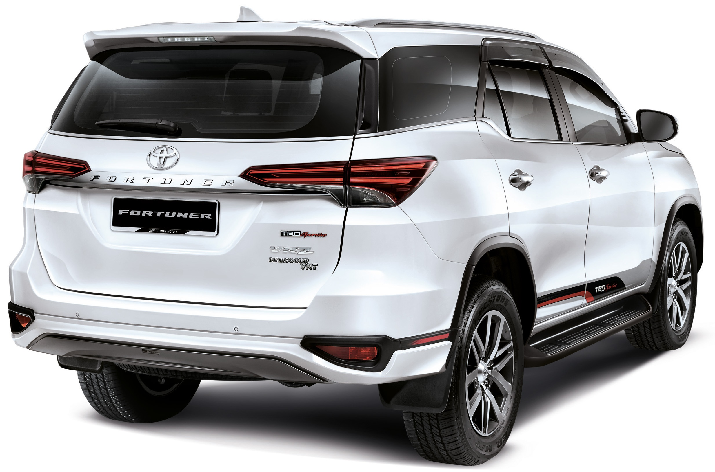 Toyota Fortuner Exterior Rear Profile