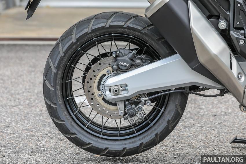 FIRST RIDE: 2017 Honda X-ADV adventure scooter Image #730111