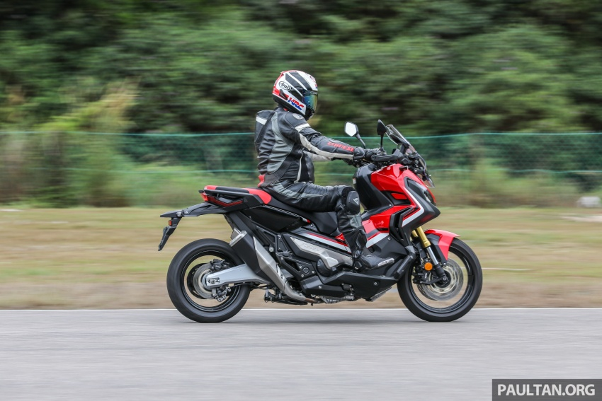 FIRST RIDE: 2017 Honda X-ADV adventure scooter Image #730145