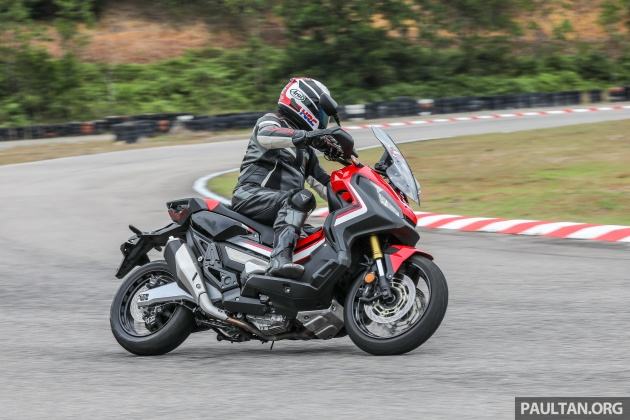 FIRST RIDE: 2017 Honda X-ADV adventure scooter