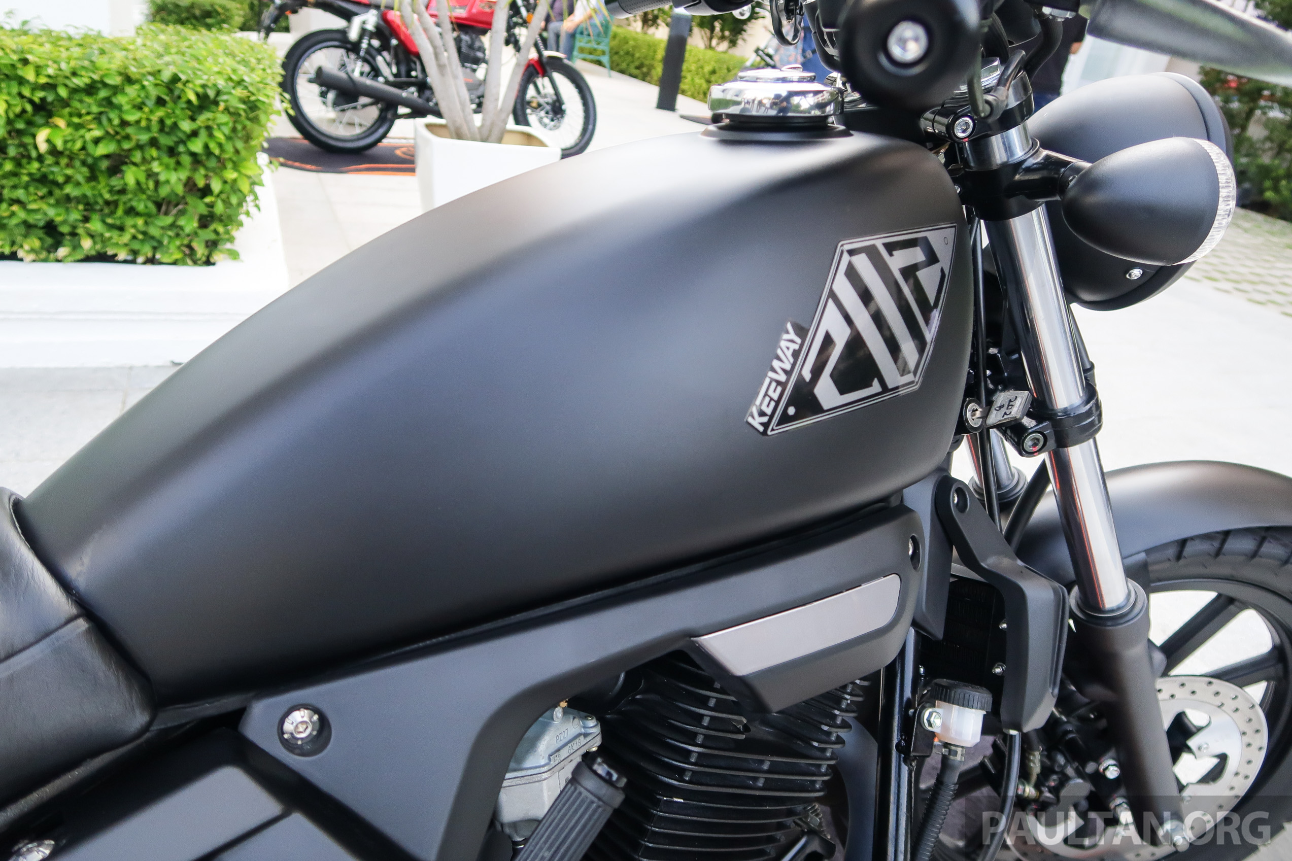 2018 Keeway K-Light 202 retro, Cafe Racer 152 and ...