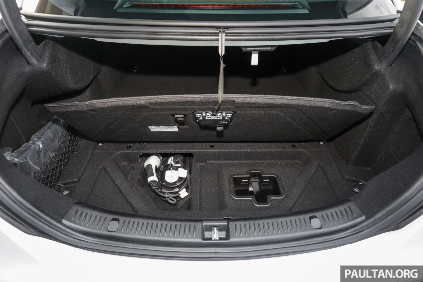 Mercedes-Benz E350e plug-in hybrid launched in M'sia – Exclusive, AMG Line and Edition 60, from RM393k Image #719981