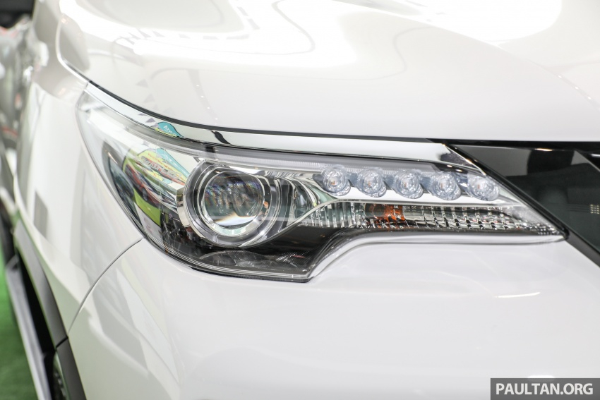 GALLERY: Toyota Fortuner 2.4 VRZ 4×2 with TRD kit Image #723324