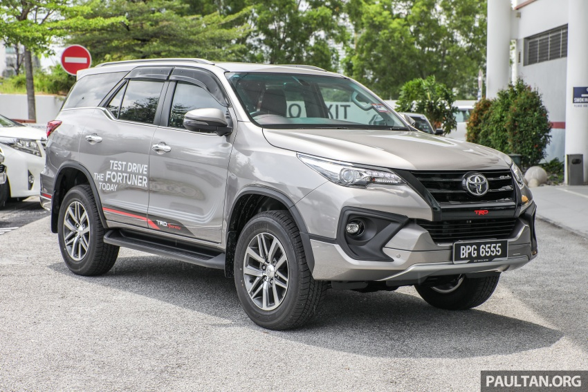 GALLERY: Toyota Fortuner 2.4 VRZ 4×2 with TRD kit Image #723312
