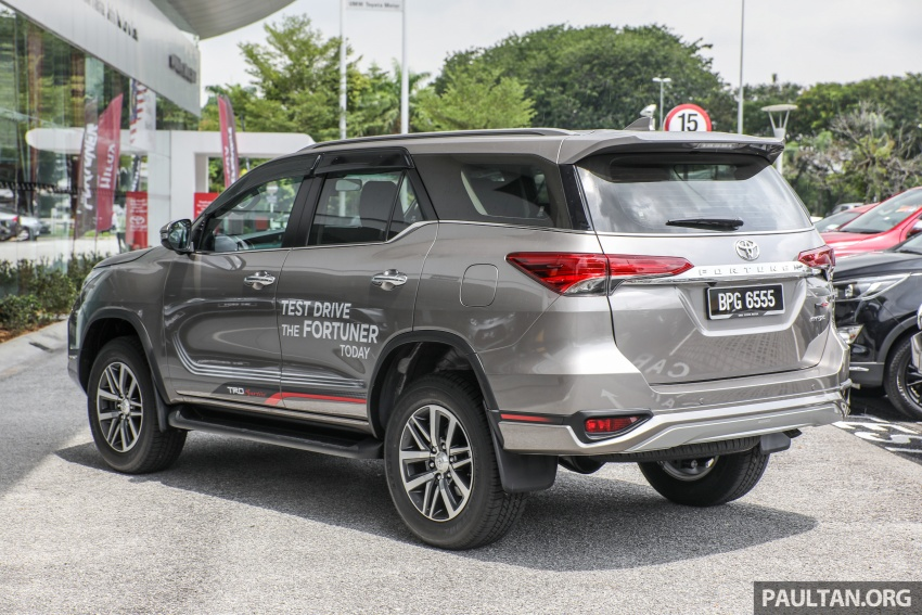 GALLERY: Toyota Fortuner 2.4 VRZ 4×2 with TRD kit Image #723313