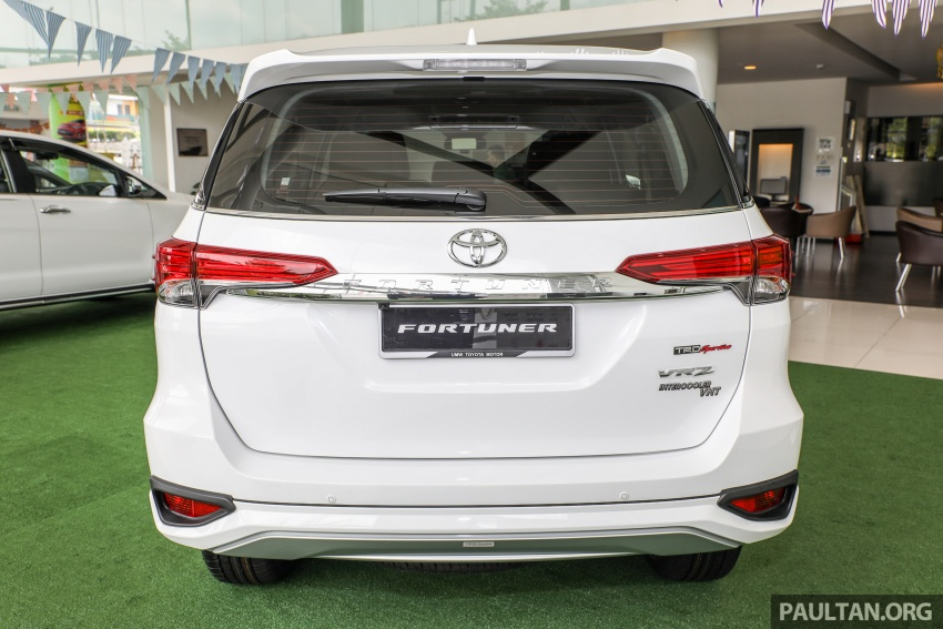 GALLERY: Toyota Fortuner 2.4 VRZ 4×2 with TRD kit Image #723320