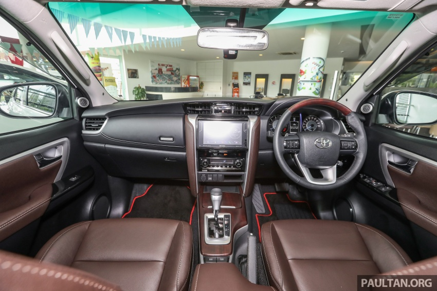 GALLERY: Toyota Fortuner 2.4 VRZ 4×2 with TRD kit Image #723355