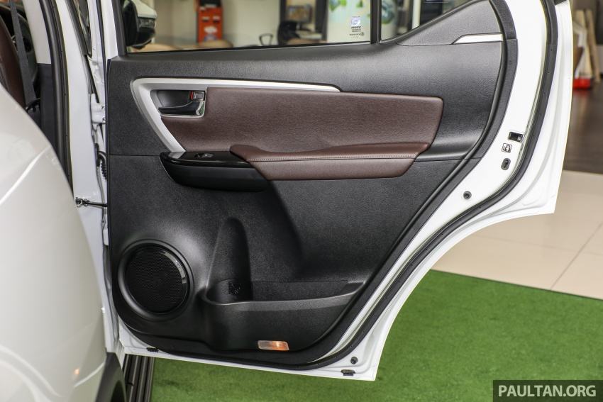GALLERY: Toyota Fortuner 2.4 VRZ 4×2 with TRD kit Image #723399